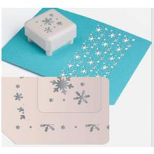 УЦЕНКА!!! Фигурный дырокол Martha Stewart Punch All Over The Page Pattern Punch - Aspen Flurry